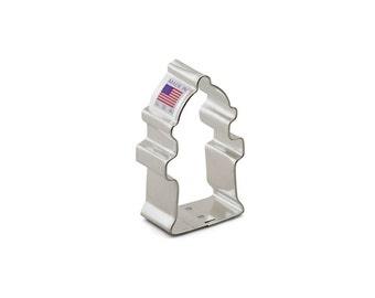 Fire Hydrant Cookie Cutter, Baking and Candy Making, Bakeware, Cookie Cutters