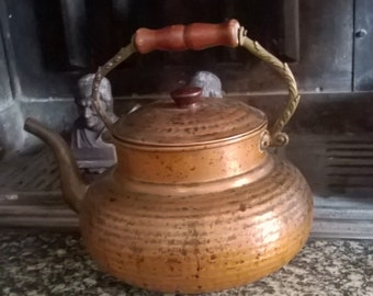 Great vintage copper and brass kettle teapot with handle and lid