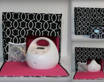 XS Maryssa style Spectra Breast Pump Bag in Titan Onyx with zipper top closure