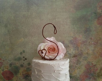 Rustic INITIAL Cake Topper with Heart Detail, Monogram Wedding Cake Topper, Wedding Decoration, Bridal Shower, Enagement Party Decoration