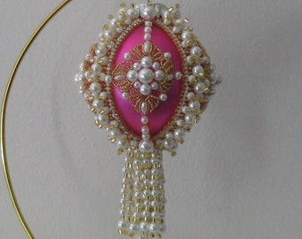 Beaded Christmas ornament pattern Pay with Paypal and receive a 5 dollar refund