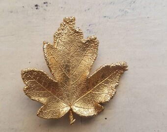 Gold Maple Leaf Brooch