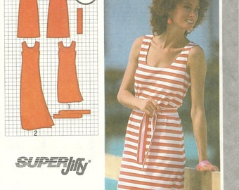 Simplicity 9522        Pull-Over Summer Dress       Size 6-8       Uncut