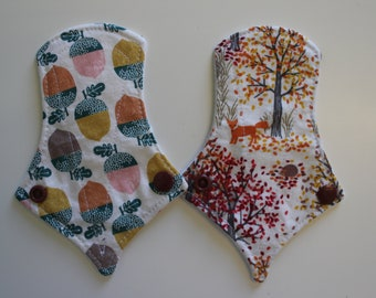 "set of two 6"" thong liners - acorns + autumn woods"