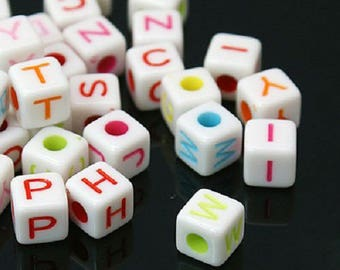 100 cubes are white with color letters 7 mm