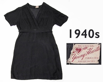 40s Young Hearted Fashion black crepe belted dress - scallop sleeves! Size Large