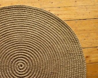 "28 in Crochet jute circle rug / 28"" / 100% naturals materials"