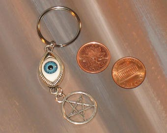 pentacle Keychain / wicca / #042