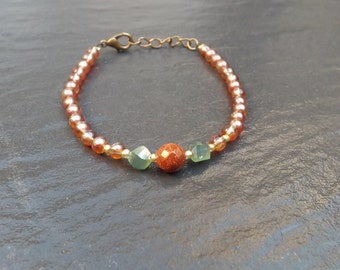 """tina"" beads in carnelian, green Crystal bracelet..."