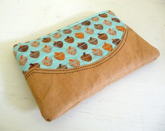 Acorn Kindle Sleeve, Woodland Paperwhite Case, Cotton Print and Kraft-Tex Zippered eReader Pouch