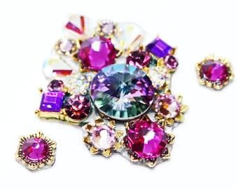 Tribal bindi of Swarovski crystals, tribal fusion bindi, indian bindi, face jewels, bellydance bindi