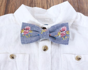 Floral Chambray Bow Tie // Little Boy Basics // Boys Accessories // Kids Bow Ties // Sunday Best
