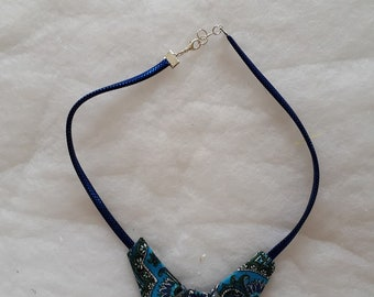 Fabric and Pearl Choker necklace