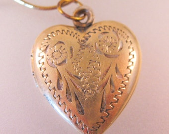 "1940's 10k GF over Sterling Silver Heart Locket Pendant Necklace 18"" Vintage Jewelry Vintage Locket"