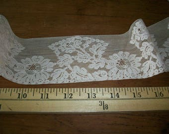 vintage French  beige cotton lace lovely design