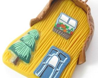 Polymer Clay Pendant,Fairy Pendant,House Pendant,Polymer Charm, Clay Charm,Artisan Charm