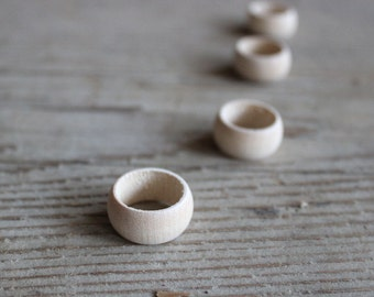 Wooden Ring Unfinished, Set of 5,  Wood Ring Size 7.5, Blank Wooden Ring  for Painting, Blank for Decoupage