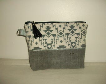 Pouch, organizer bag, makeup in graphic black and white fabric, grey canvas solid