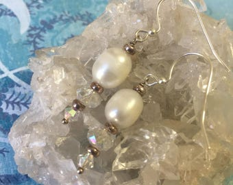 Sterling Silver white Fresh Water Pearl Earrings