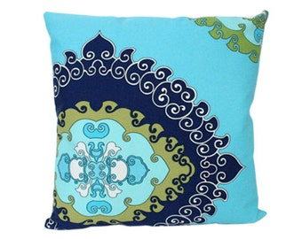 Schumacher Outdoor Pillow Cover in Super Paradise Print Pool