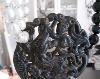 Necklace Gorgeous Four Strands Freshwater Pearls Mix Onix Vintage Black Jade pendant