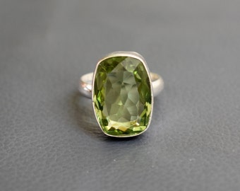 Size 8 - Green Peridot 925 Sterling Silver Handmade Ring - Stackable Peridot hydro Ring #GP83