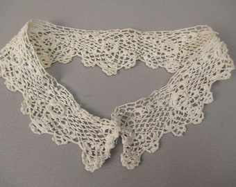 Antique lace Irish crochet collar Victorian era