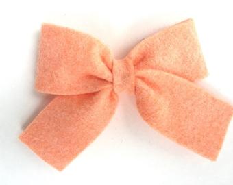 Peach felt hair bow - felt bows, hair bows, bows, hair clips, hair bows for girls, hair clip, hair clips for girls, baby bows, felt hair bow