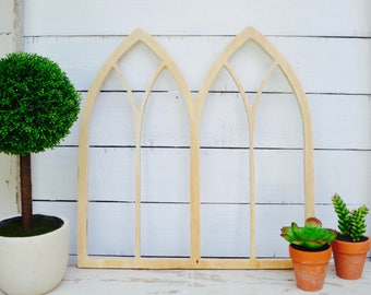 Double Pointed Vintage Inspired Arched Window Wall Decor Cut Out