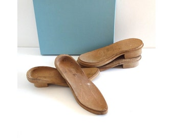 Vintage Wooden Shoes Molds - Antique Shoetree - Wooden Shoe Form - Cobbler Tools