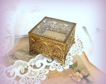 50s Square Gold Filigree Jewelry Box - Velvet Lined - Ormolu Jewelry Casket - Mid Century Hollywood Regency Beauty - Elegant