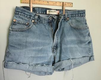 vintage distressed levi 505 denim cut off shorts 36