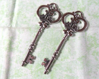"2 Large Antique Silver Skeleton Key Pendants 3.25"" (B338g)"