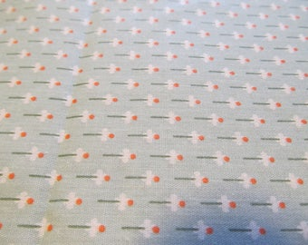 Free Shipping! Light Green Calico with White Flowers. 1/2 Yard. 17111