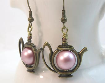 Tea pot earrings -  powder rose pearl teapot earrings -  wedding bridal earrings - pink pearl earrings - antiqued brass bronze vintage style