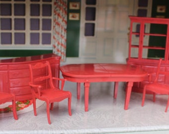 Marx plastic dollhouse furniture, Marxie Mansion three quarter scale dining room, Tin litho dollhouse miniature