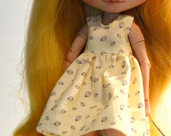Blythe dress, Blythe yellow dress with Ladybugs, Blythe clothing, Blythe clothes, Blythe apparel, Blythe accessories, Eclectic Wandering