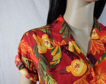 1980's HAWAIIAN HIBISCUS BLOUSE size medium Floral