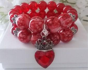 QUEENLY Shades of Red Bracelet / Stretch Bracelet / Chunky Bracelet / Red Bracelet / Handmade Bracelet / Charm Bracelet