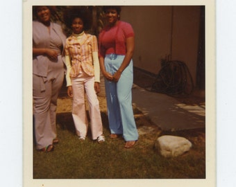 Vintage Snapshot Photo: Three Women and a Rock, 1972 (71541)