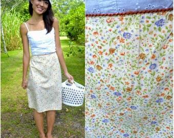 1970 Vintage Skirt/ Lakeside Flower Skirt/ Small Skirt/ Medium Skirt/ Floral Skirt/ Midi Skirt/ Frock Skirt/ Cute Skirt/ Picnic Garden Skirt