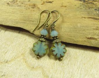 Water flowers, earrings bronze earrings turquoise water green blue Bohemian glass, flowers flowers, small playful romantic vintage style