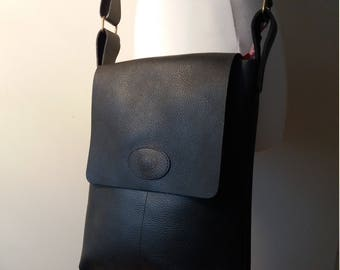 Leather bag Uno Big black unisex leather shoulder bag