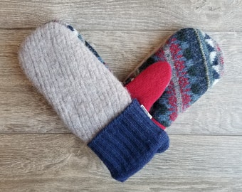Best Wool Sweater Mittens // Womens Sweater Mittens // Fleece Lined mittens // Blue Gray and Red