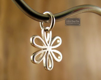 Silver Flower Charm, Sterling Silver Daisy Charm, Flower Pendant ,Spring Summer Open Leaves, Jewelry Supplies (CH 1079)
