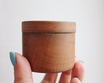 Round wooden box welded in olive oil - with cover - natural, eco friendly - 60 mm diameter