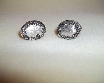 Sarah Coventry Silver Toned Cuff Links