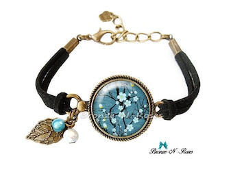 Bracelet * Sakura flowers Japanese * fantasy glass blue gem cabochon