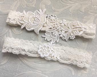 "Lace Wedding Garter Set, Ivory Garter Set, Lace Garter, Toss Garter, Simple Lace Garters - Available in Ivory or White - ""Flora"""