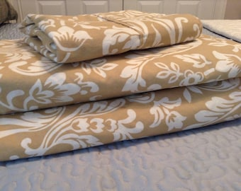 Twin Bed Sheet Set Beige and White Scroll Flat, Fitted & Pillowcase- Tan, Cottage, Cabin, Flea Market, Farm, Sew, Craft Fabric